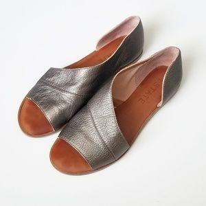 STATE Celvin sandal in pewter